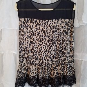 Animal print ruffle shell